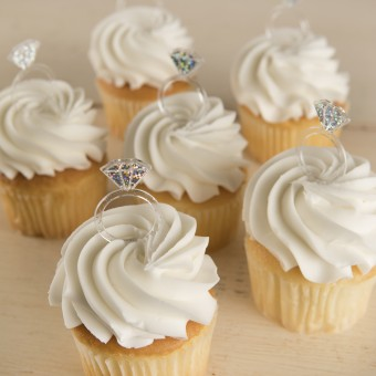 Diamond Ring Cupcakes
